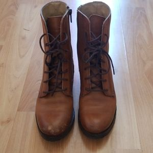 Frye Shoes - Frye Lace Up Boots EUC